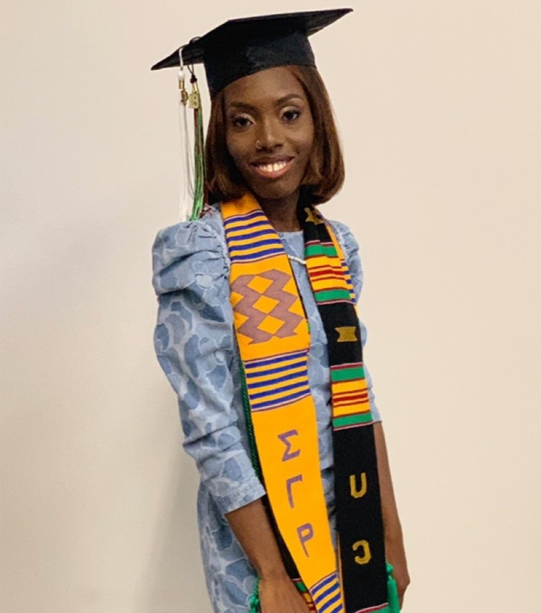 2019 GraduateStephanieJohnson_edited