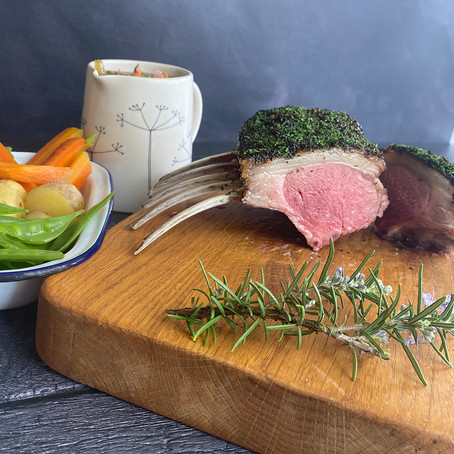 Herby Rack of Lamb with Shallot Sauce