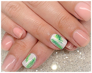 The Gel Bottle and handpainting on natural nails