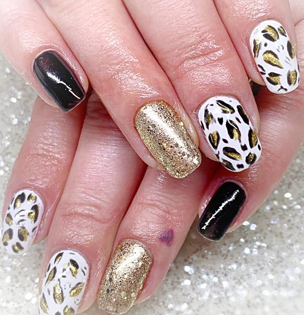 CND Shellac on Natural Nails