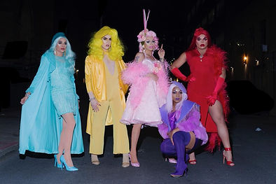 The entire Haus of Aja pictured, credit to MoMo's Facebook.