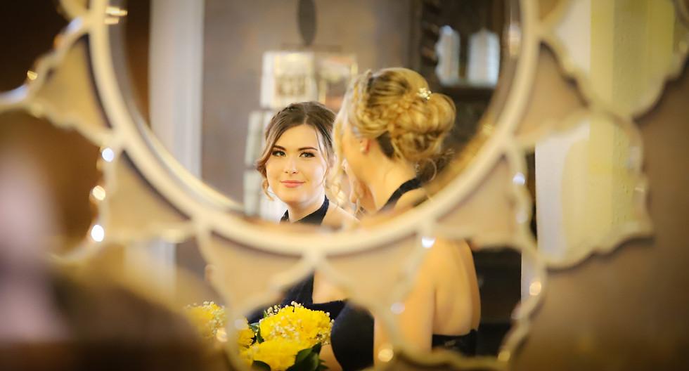 wedding photography bridesmaid
