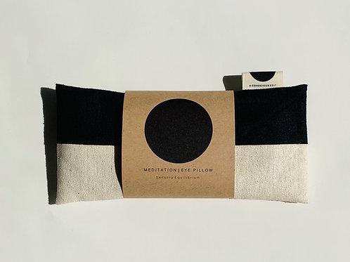 A Conscious Edit - Meditation Eye Pillow - Raw Silk Black/Cream