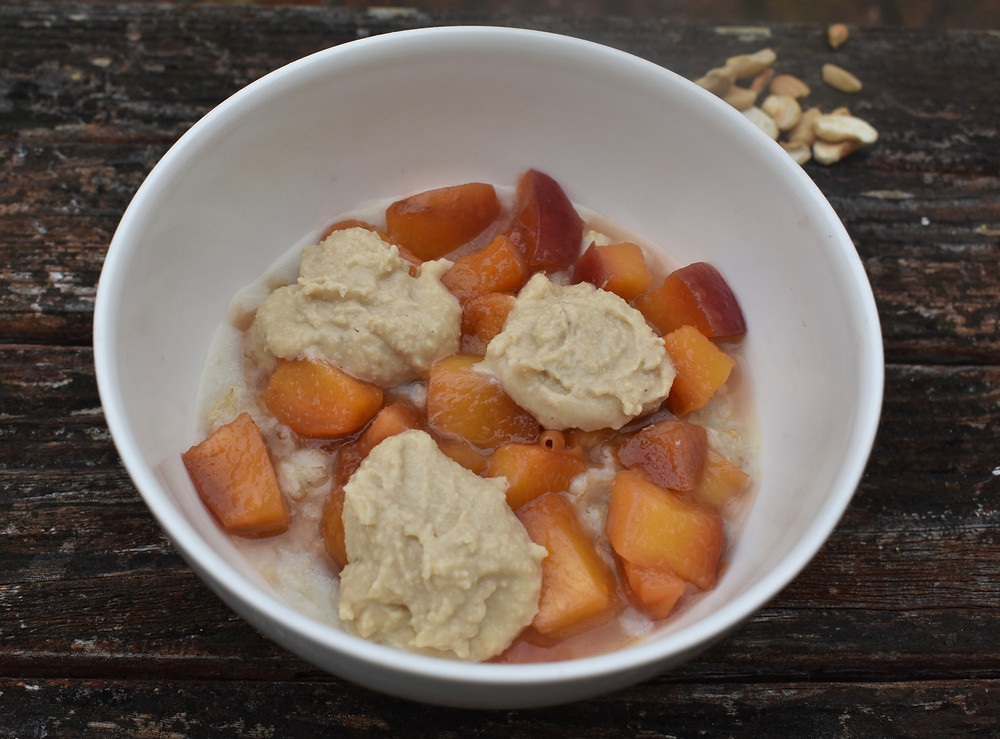 oats with peaches & cashew cream