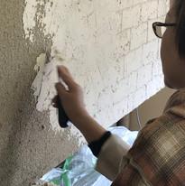 壁の左官作業