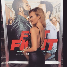 • I see you 😏• #FistFight #RedCarpet #T