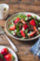 StrawberryGreenSalad_02.jpg