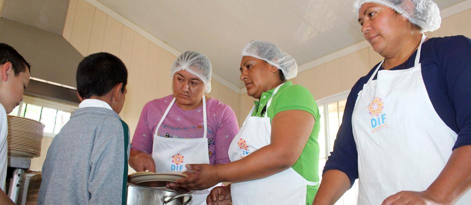 DIF Equipa 16 Escuelas que cuentan con Aulas-Cocina en El Marqués