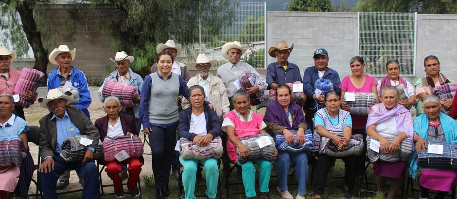 DIF El Marqués arranca la entrega de cobijas a personas vulnerables 2018.