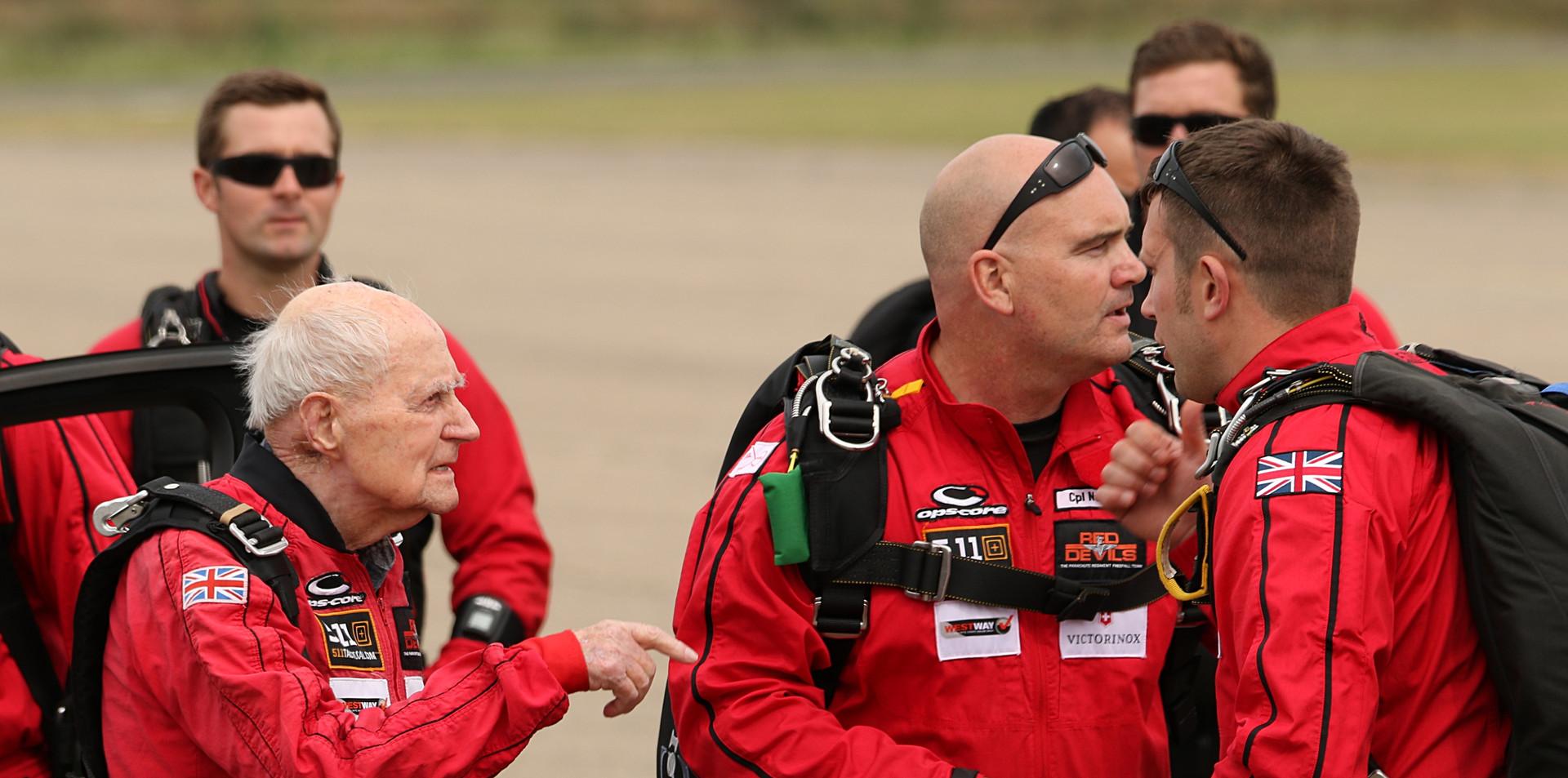 Red Devils and Veterans Daks over Duxfor