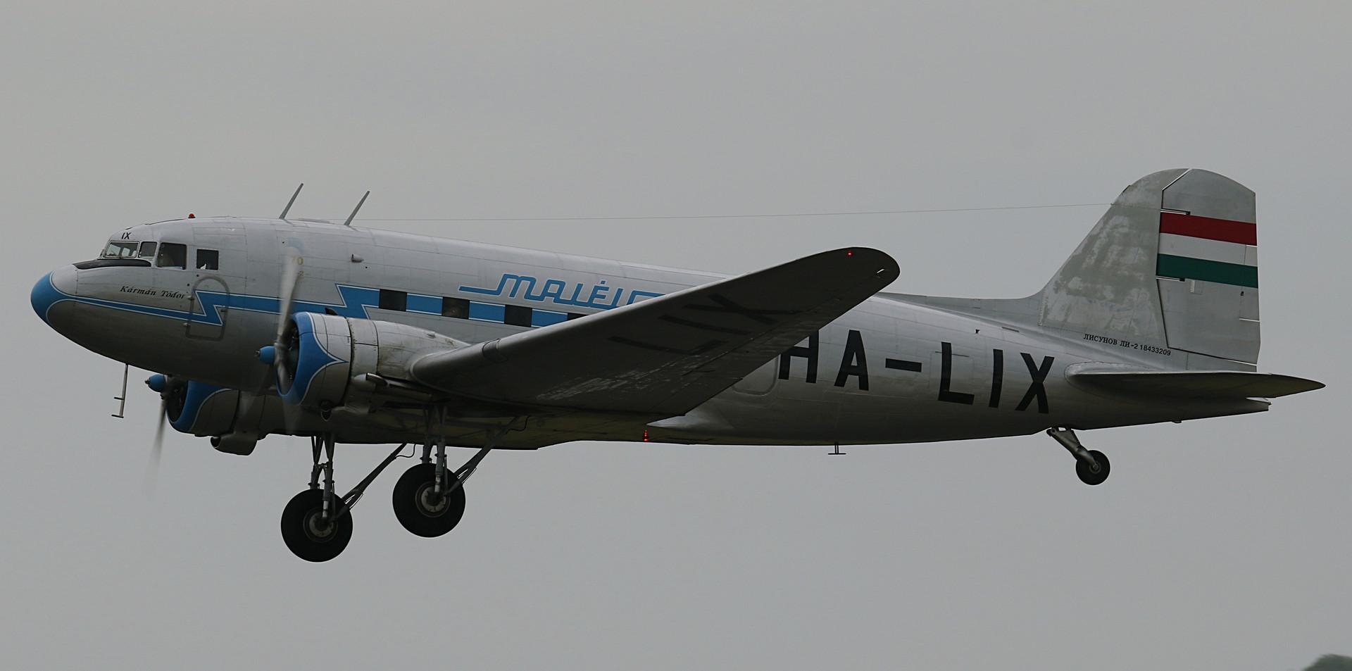 Li-2 Daks over Duxford June 2019 (18).JP