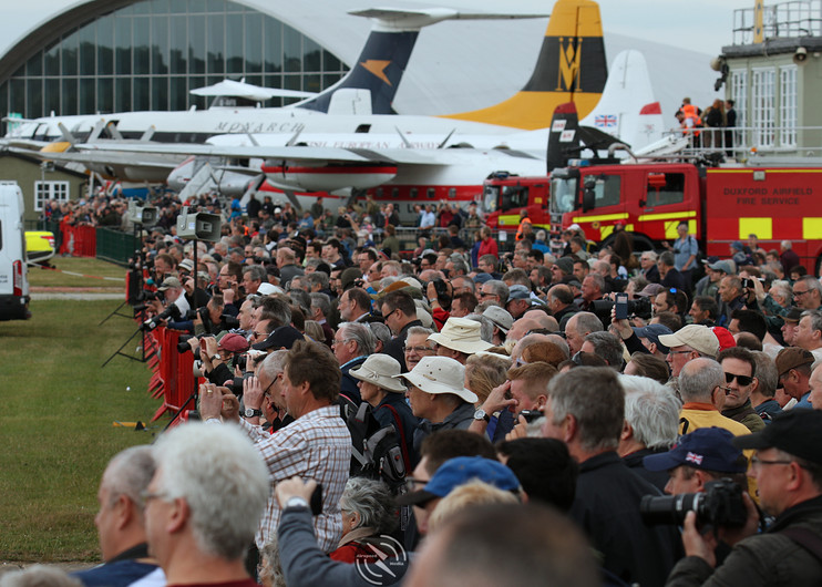 Crowd Daks over Duxford June 2019 (33).J