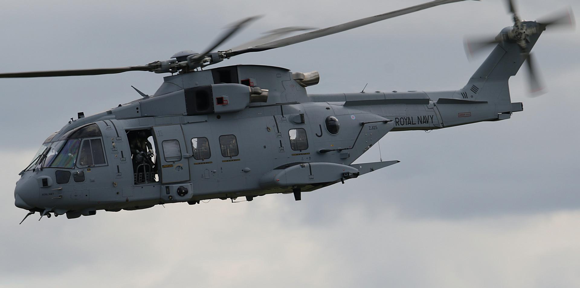 Royal Navy Merlin RNIAD 2019 (15).JPG