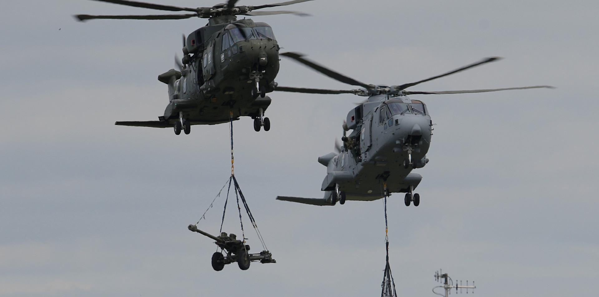 Royal Navy Merlin RNIAD 2019 (17).JPG