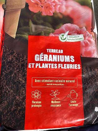 Terreau spécial plantes fleuries 40L