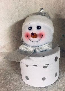 Boite de Noël bonhomme de neige écharpe argentée