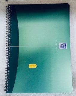 Cahier à spiral Oxford petits carreaux A4 90pages vert