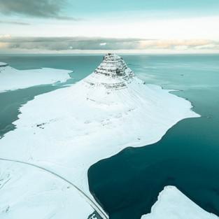 Kirkjufell Snow