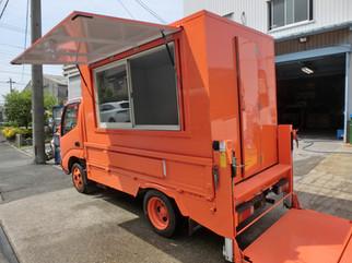 今人気の移動販売車|キッチンカー移動販売車製作