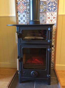 Oven wood burner in La Roulotte