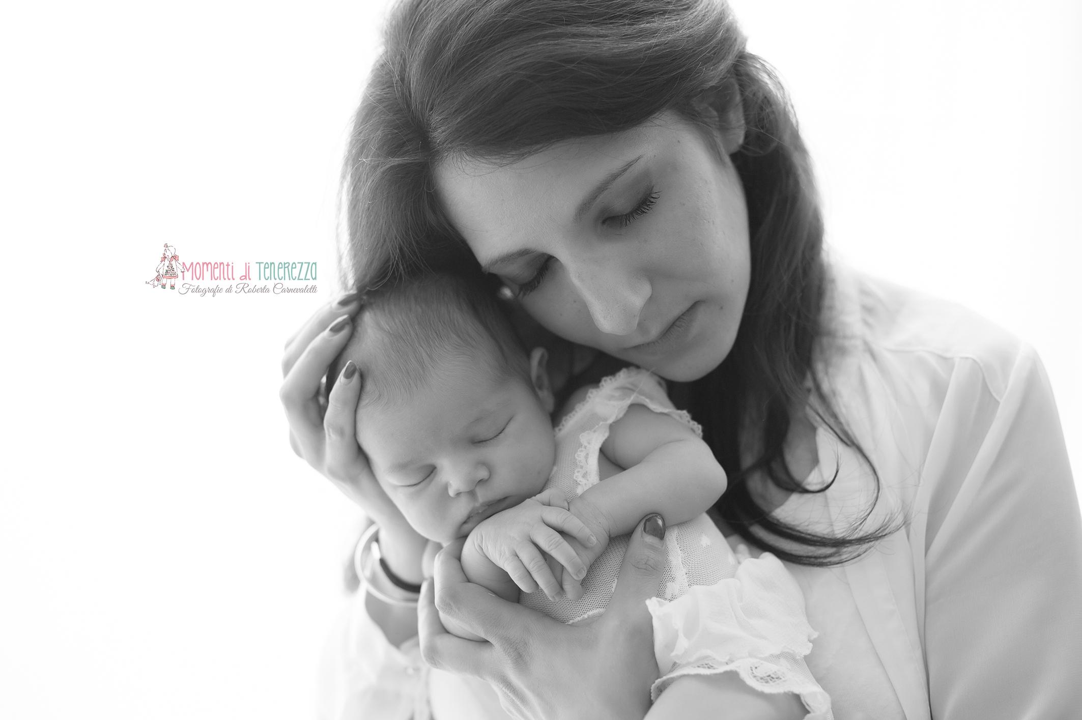 foto mamma e figlia roma