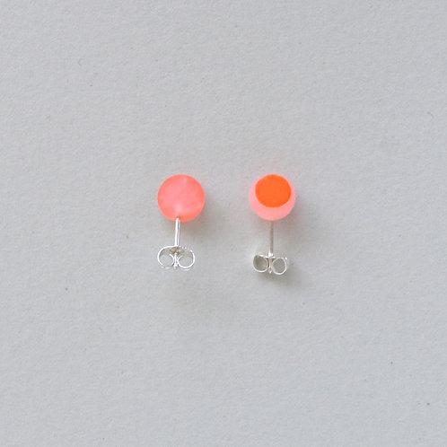 DIP DOT rosequartz earstuds, neon orange