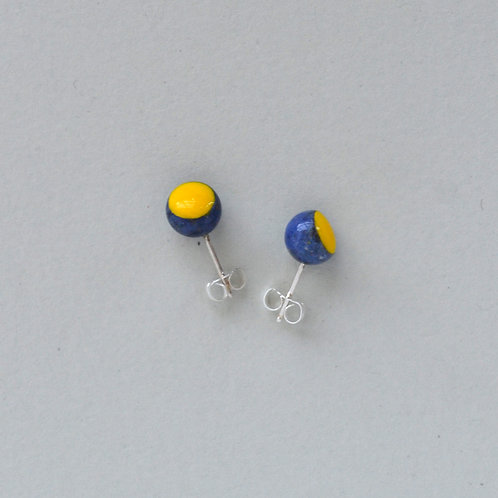 DIP DOT sodalite earstuds