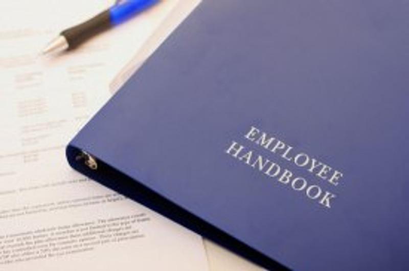 EmployeeHandbook_Pop_6467.jpg