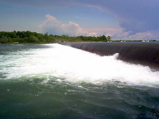 Évacuation de la glace - Hausse du niveau d'eau du Fleuve St-Laurent