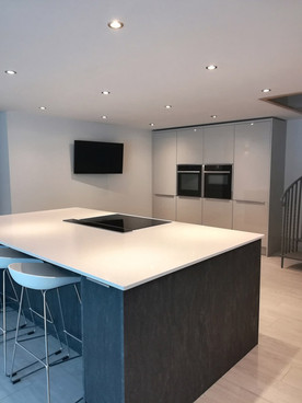 Barn-Conversion-Kitchen-Island-01.jpg