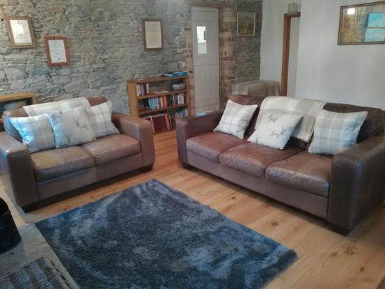 Cottage-living-room-3.jpg