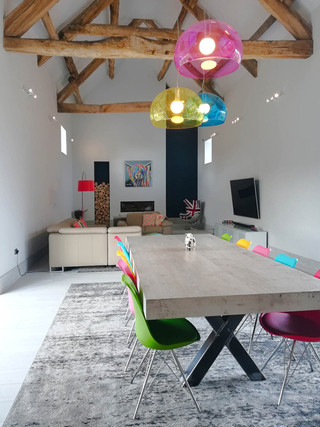 Barn-Conversion-Full-View-Dinning-Table0