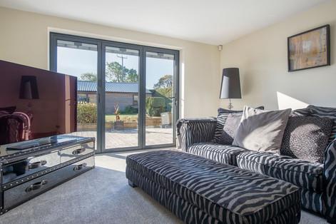 Livingroom-zebra-sofa.jpg