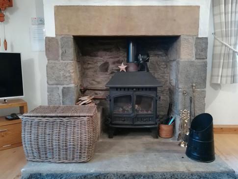 Cottage-fireplace-1.jpg