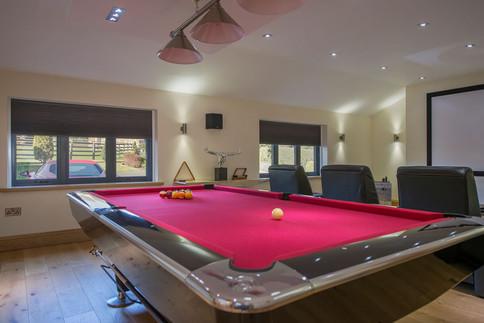 Games-room-pool-table-cinema-2.jpg