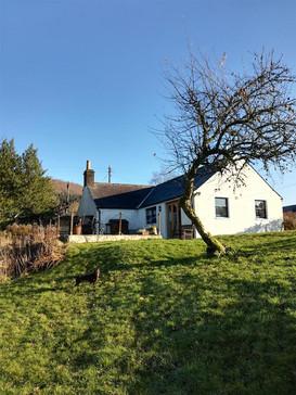Cottage-external-1.jpg