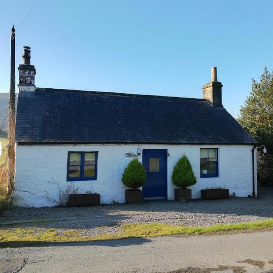 Cottage-external-2.jpg