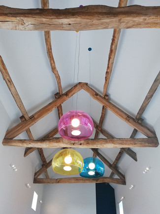 Barn-Conversion-Wood-Beams-Fly-Pendant.j