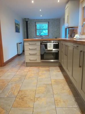 Cottage-kitchen-1.jpg