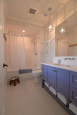 Bunk Bath