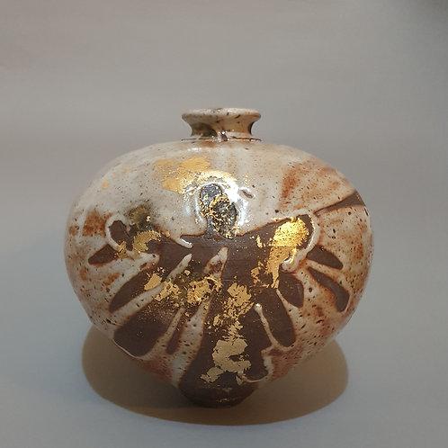 vase withgold leaf decoration