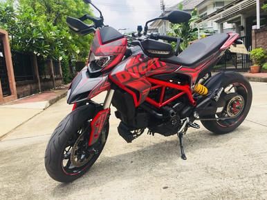 INNOVV C5 Motorcycle Camera was installed on Ducati Hypermotard.