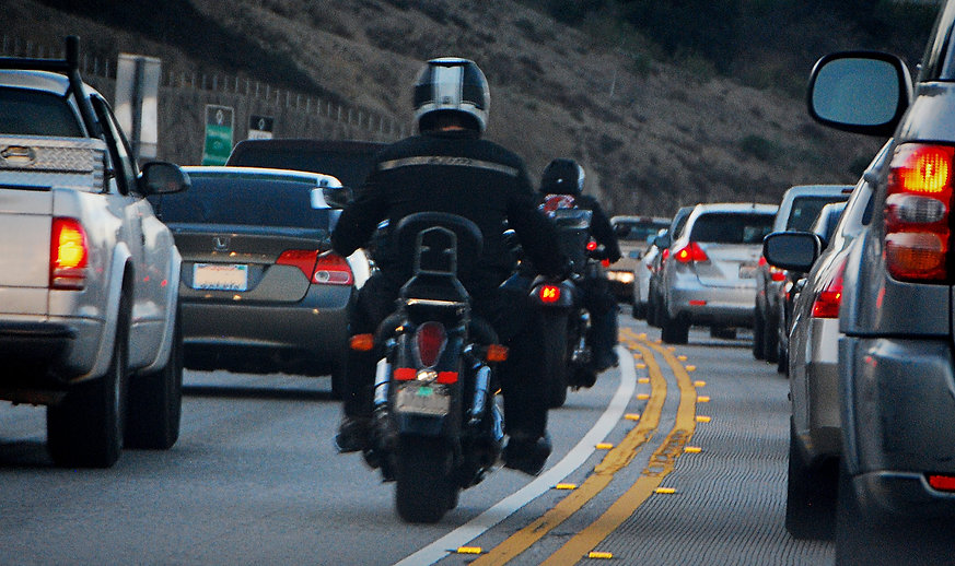 Lane-splitting-image-credit-fourbyfourbl