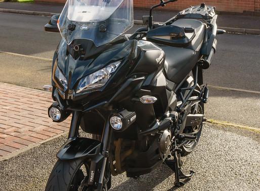 INNOVV K1 motorcycle camera installed on Kawasaki Versys 1000
