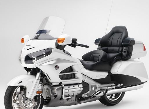 Two INNOVV C3 mounted on Honda GL1800