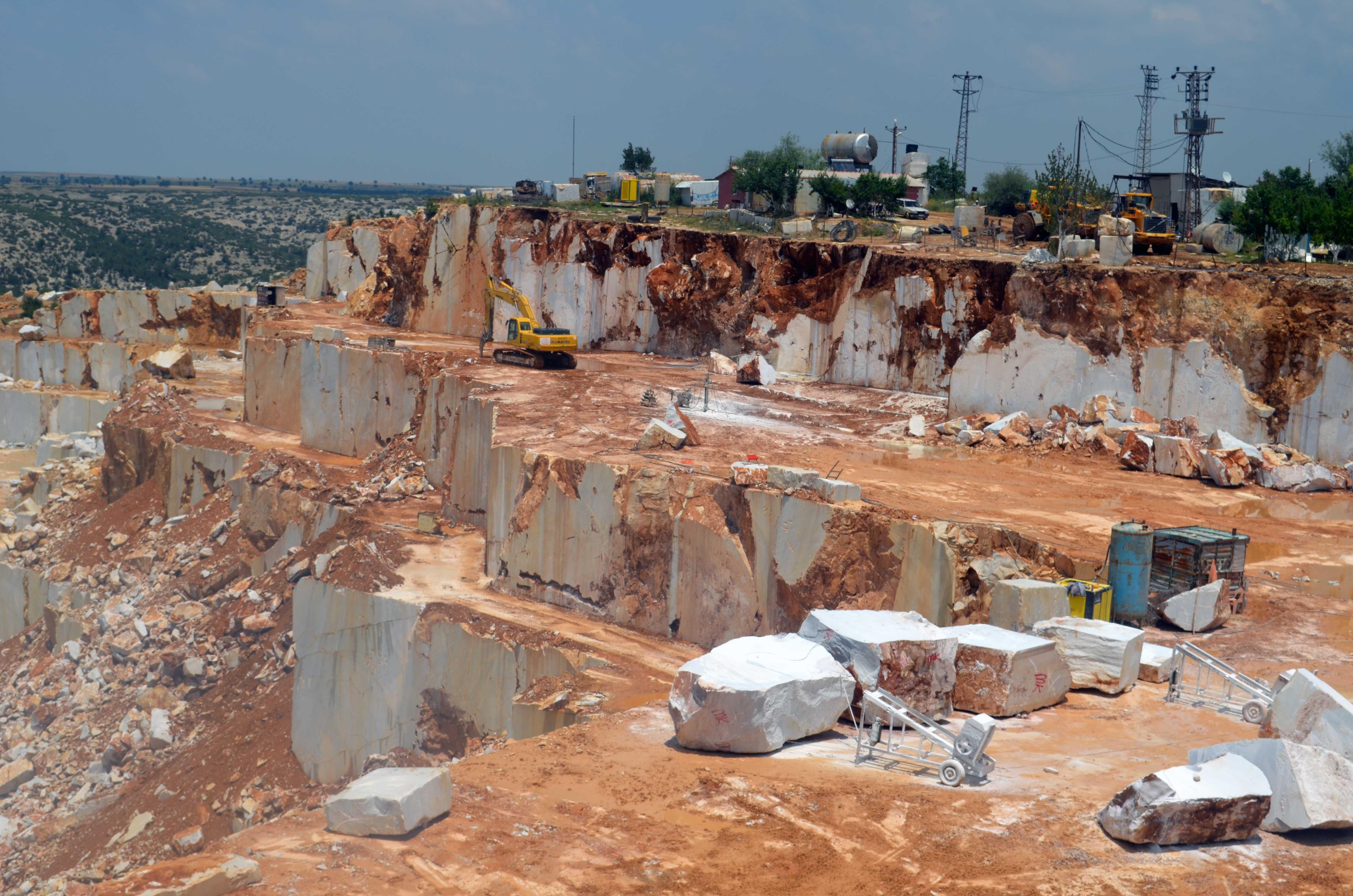 Marble Quarry | StoneVary