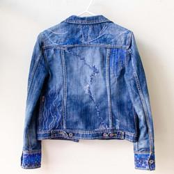 Jaqueta jeans bordada, 2020