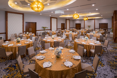 8-Banquet Set-up.jpg