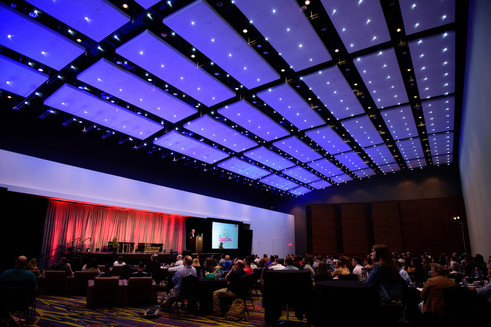 The Iowa Events Center understands the importance of corporate speaking engagements and can put together the perfect package for your next event