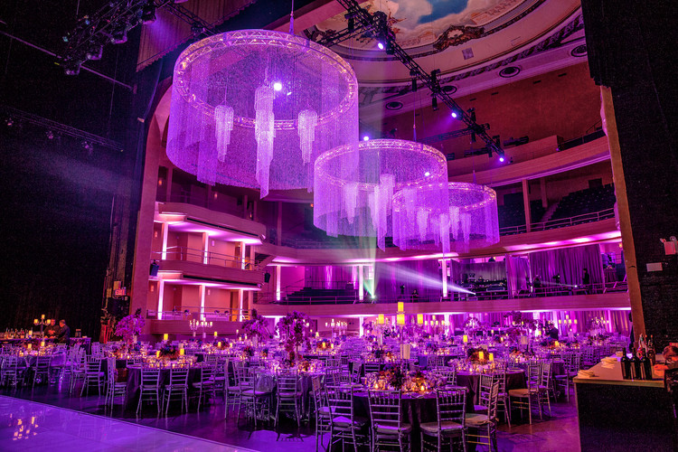 A private gala dinner in the Hammerstein Ballroom. Photo Credit: Mark Doyle